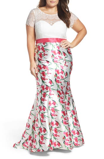 Plus Size MAC Duggal Lace & Floral Mermaid Gown