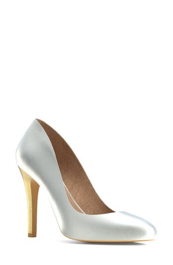Shoes Of Prey Round Toe Pump - White
