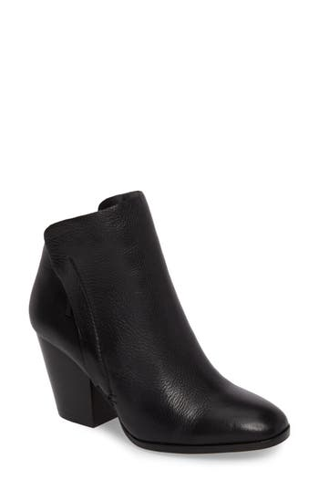 Women's 1.state Taila Angle Zip Bootie, Size 5 M - Black