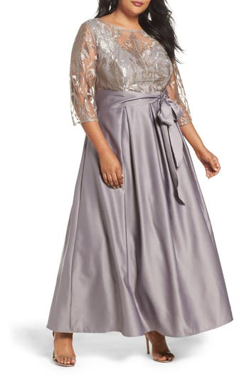 Plus Size Alex Evenings Embroidered Bodice Ballgown, Grey