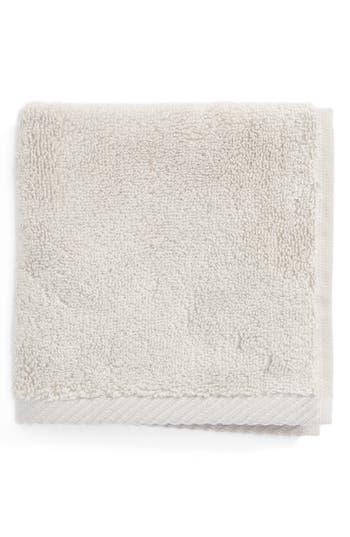 Matouk Milagro Washcloth, Size One Size - Metallic