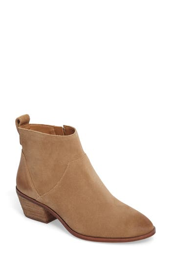 Sole Society Vixen Bootie, Brown