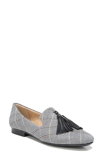 Naturalizer Elly Flat, Black
