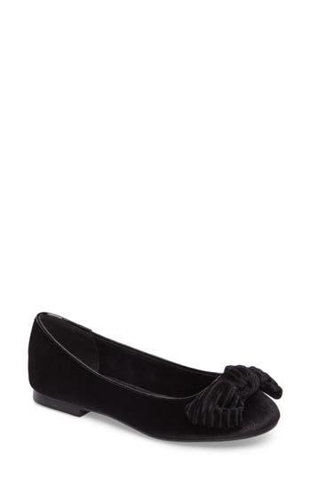 Women's Athena Alexander Lucille Bow Flat, Size 6 M - Black