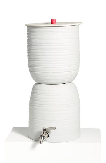 Walter Filter Wavy Porcelain Water Filter, Size One Size - White