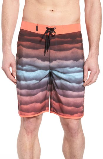 Hurley Phantom Undertow Board Shorts, Pink