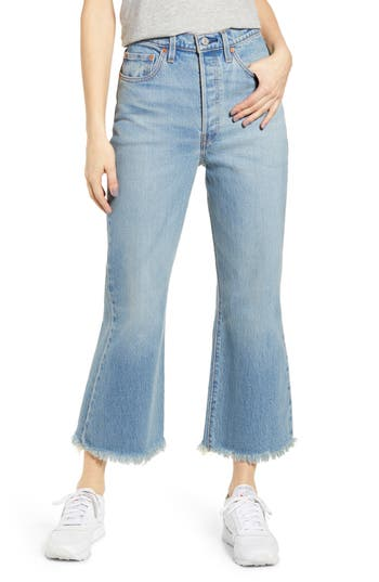 Levi's® Ribcage Super High Waist Frayed Crop Flare Jeans (Scapegoat)