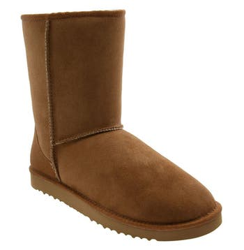UGG® Classic Short Boot