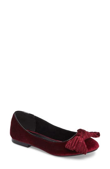 Women's Athena Alexander Lucille Bow Flat, Size 6 M - Red