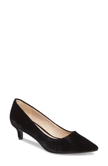 Pelle Moda Dena Pointy Toe Pump- Black