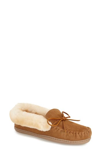Minnetonka'Alpine' Genuine ShearlingMoccasin Slipper
