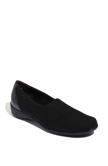 Munro 'Traveler' Slip-On