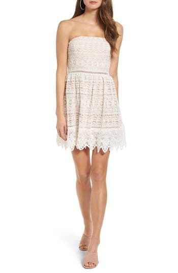 Socialite Scallop Lace Strapless Dress