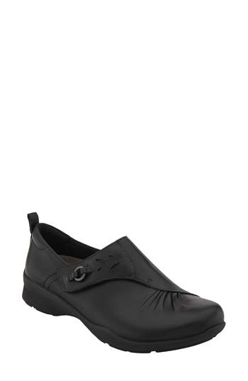 Earth Amity Loafer, Black