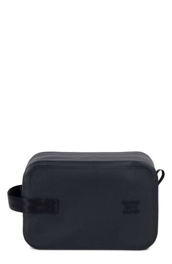 Herschel Supply Co. Tarpaulin Chapter Studio Dopp Kit