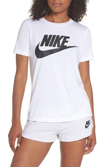 Nike Sportswear Essential Tee, White