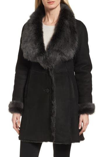 Hiso Genuine Toscana Shearling Wing Collar Coat