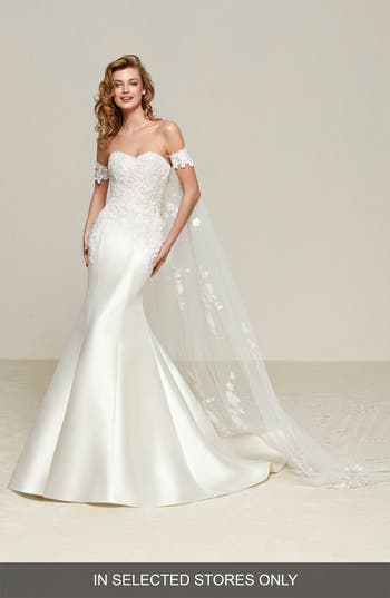 Pronovias Drileas Strapless Mermaid Gown, Size IN STORE ONLY - Ivory