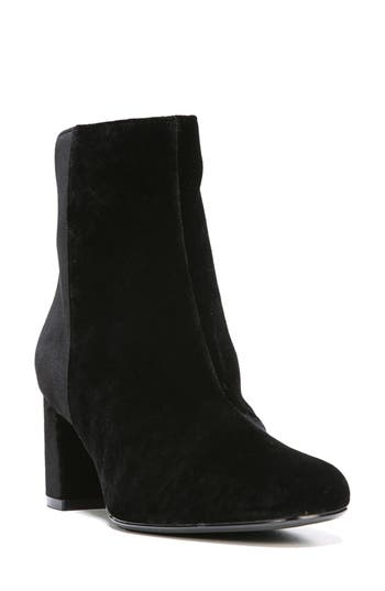 Naturalizer Westing Bootie, Black