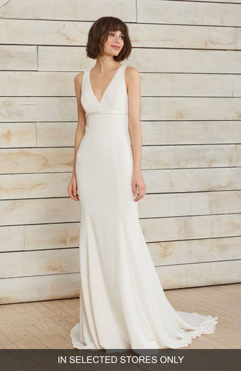 Nouvelle Amsale Frankie V-Neck Crepe Gown, Size IN STORE ONLY - Ivory