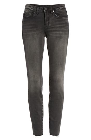Women's Blanknyc Magic Trick Raw Hem Skinny Jeans at NORDSTROM.com