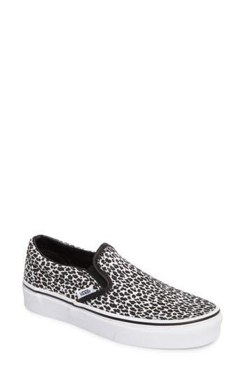 Vans Classic Slip-On Sneaker- Black