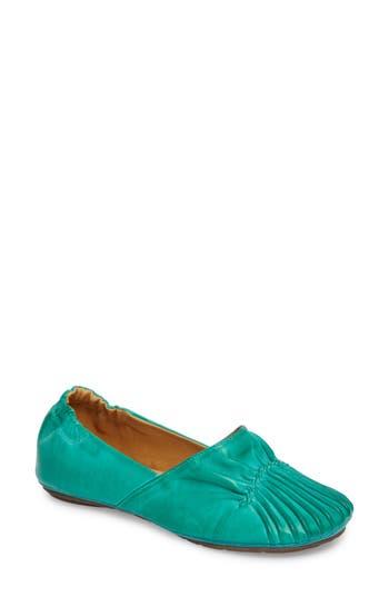 Women's Chocolat Blu Cam Ii Pleated Flat, Size 6 M - Blue/green