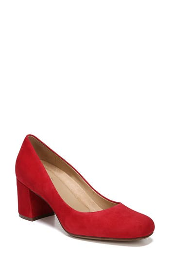 Naturalizer Whitney Pump