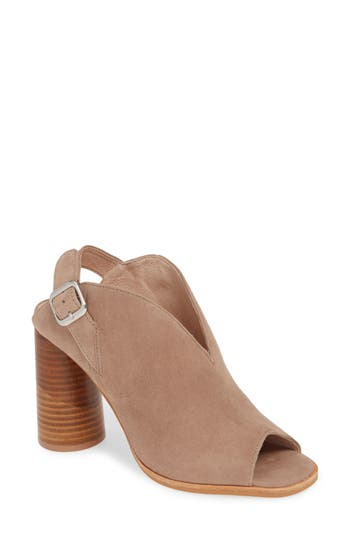 42 GOLD Look at Me Slingback Shield Sandal (Women)