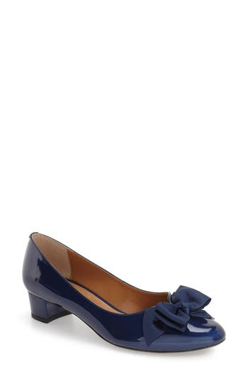 Women's J. Reneé 'Cameo' Bow Pump