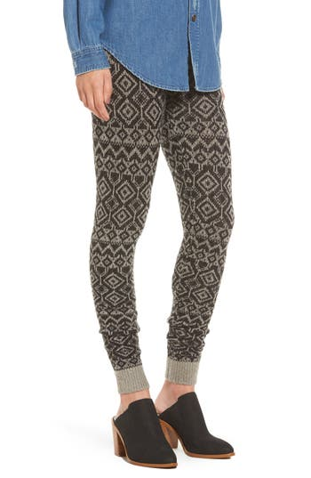 Women's Hue Fair Isle Sweater Leggings, Size Small - Black
