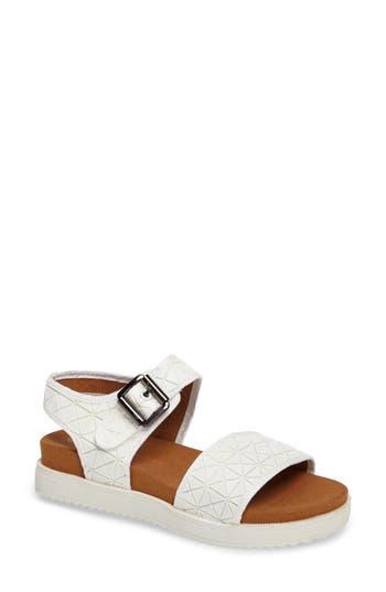 Bernie Mev. Webster Inset Platform Sandal, White