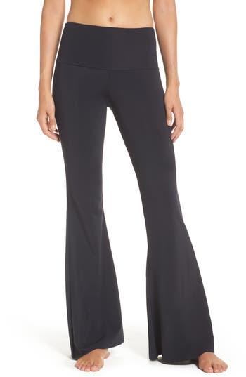 Onzie Flare Leg Yoga Pants, Size XS - Black