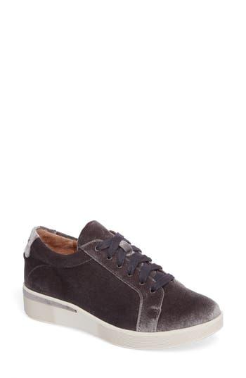 Gentle Souls Haddie Low Platform Sneaker, Grey