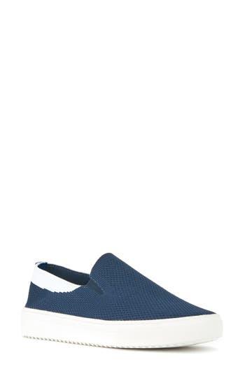 Blondo Gina Waterproof Sneaker, Blue