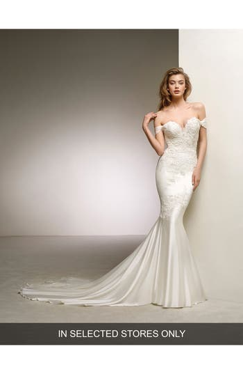 Pronovias Dante Off The Shoulder Sweetheart Satin Mermaid Gown, Size IN STORE ONLY - Ivory