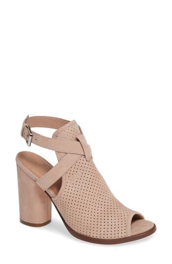 Caslon® Milo Sandal
