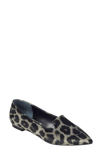 Marc Fisher LTD Essiely Pointy Toe Flat (Women)