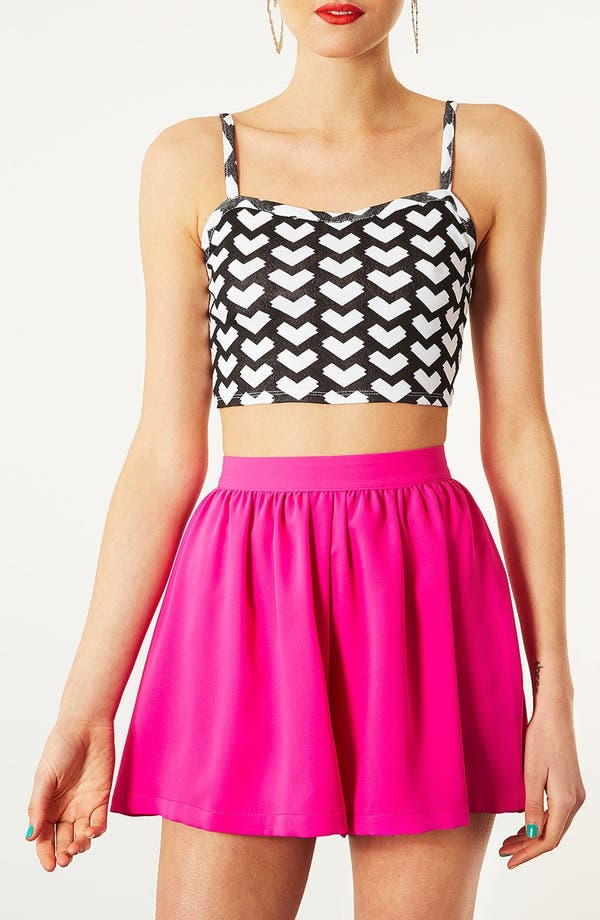Main Image - Topshop Geo Arrow Crop Tank