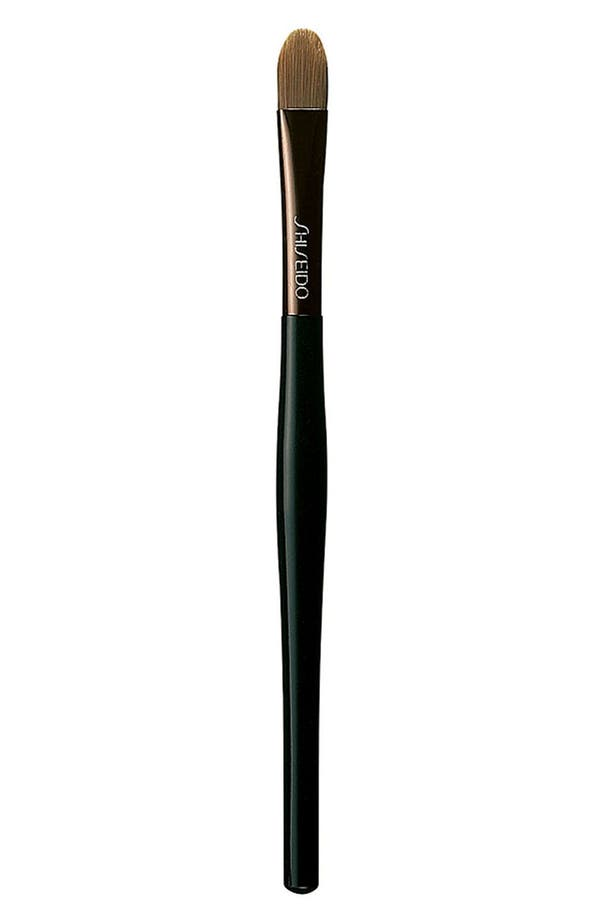 Main Image - Shiseido 'The Makeup' Concealer Brush