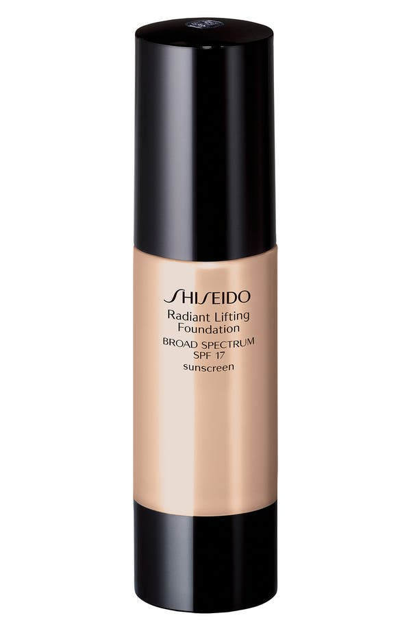Main Image - Shiseido 'Radiant Lifting' Foundation SPF 17