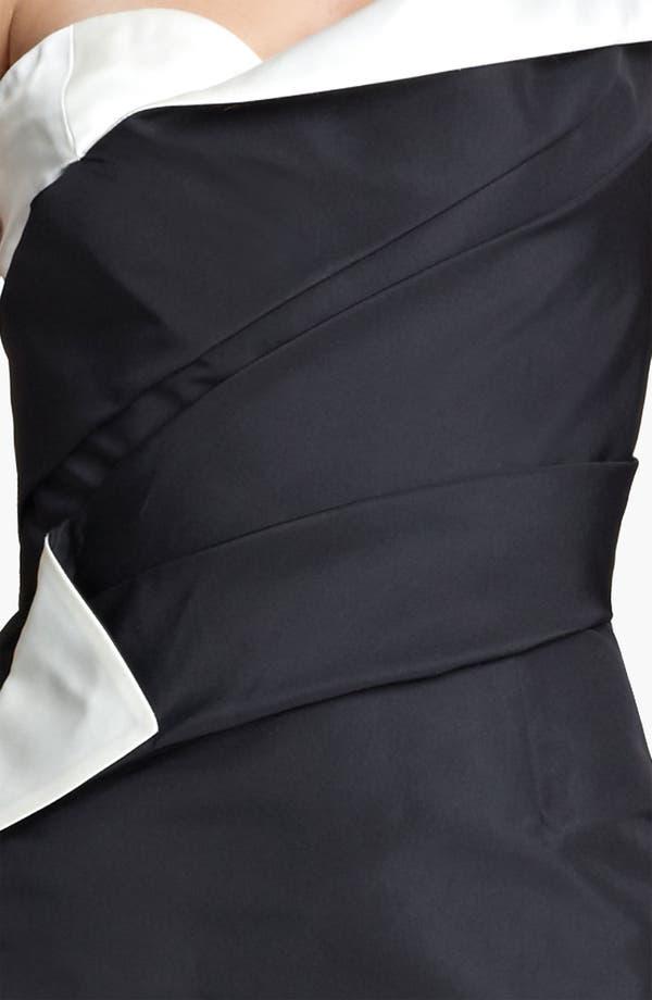 Alternate Image 3  - Oscar de la Renta One Shoulder Bicolor Silk Gown
