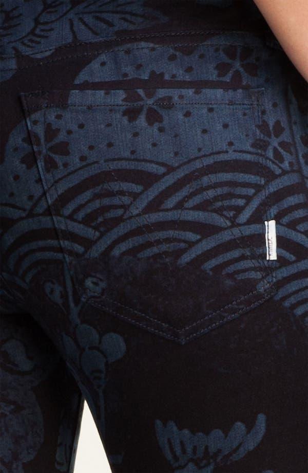 Alternate Image 3  - MOTHER 'The Looker' Print Skinny Crop Jeans (Moon of Tokyo)