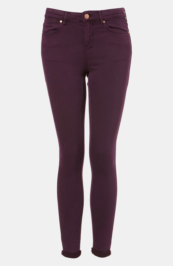 Main Image - Topshop Moto 'Leigh' Skinny Jeans (Bordeaux)