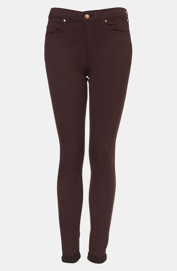 Main Image - Topshop Moto 'Leigh' Skinny Jeans (Wine)