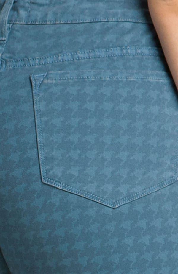 Alternate Image 5  - Blue Essence Houndstooth Twill Jeans (Plus)