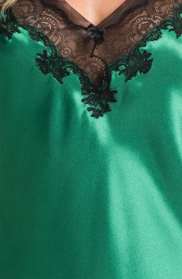 Alternate Image 3  - Oscar de la Renta Sleepwear Lace Trim Charmeuse Nightgown