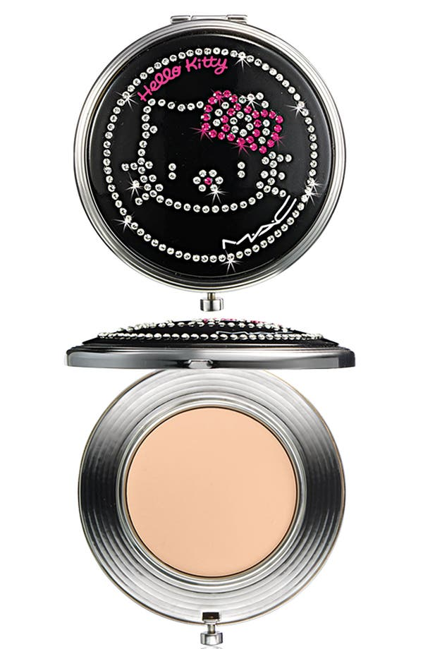 Alternate Image 1 Selected - M·A·C 'Hello Kitty®' Sheer Mystery Powder
