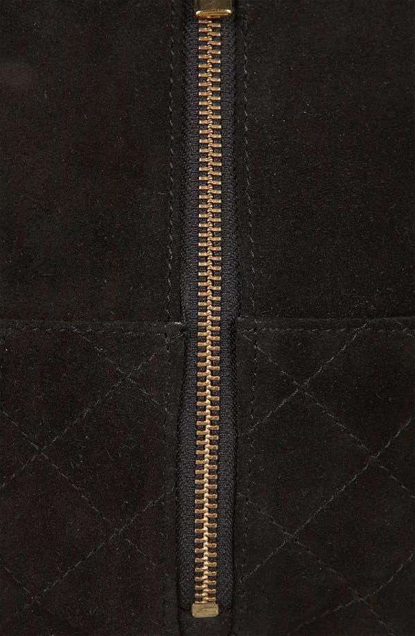 Alternate Image 4  - Topshop Quilted Box Chain Crossbody Bag