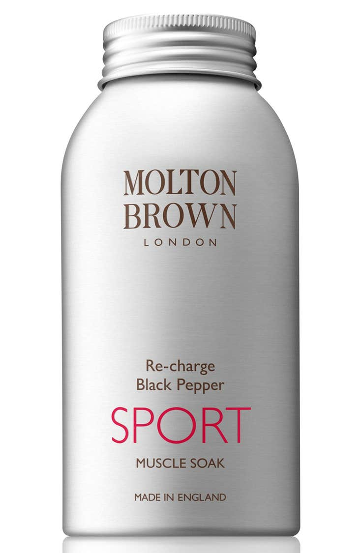 Alternate Image 1 Selected - MOLTON BROWN London 'Re-charge Black Pepper' Sport Muscle SoakAlternate Image 1 Selected - MOLTON BROWN London 'Re-charge Black Pepper' Sport Muscle Soak Main Image - MOLTON BROWN London 'Re-charge Black Pepper' Sport Muscle Soak 'Re-charge Black Pepper' Sport Muscle Soak